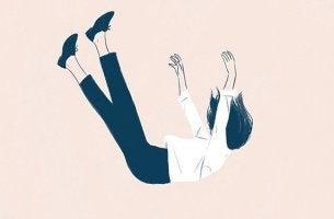 Mujer cayendo