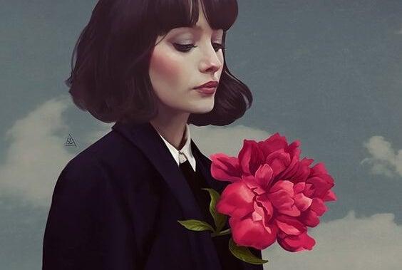 Mujer con flor en el pecho