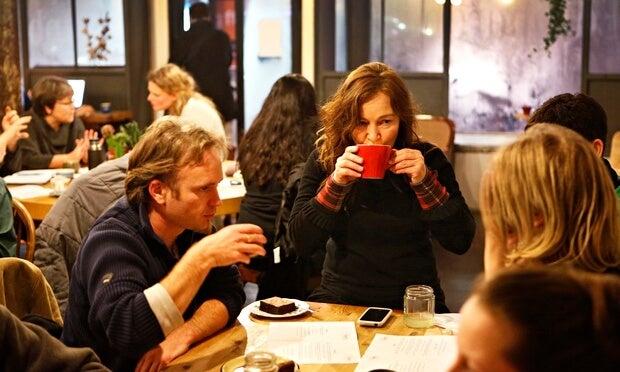 """¿Has oído hablar de los """"Cafés de la muerte""""? Son una interesante idea…"""