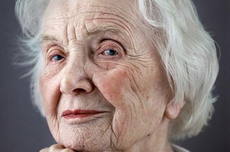 5 consideraciones que toda persona mayor merece