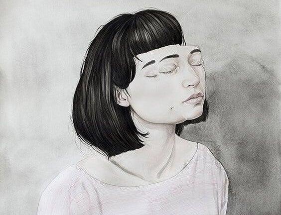 Mujer con los ojos cerrados cansada