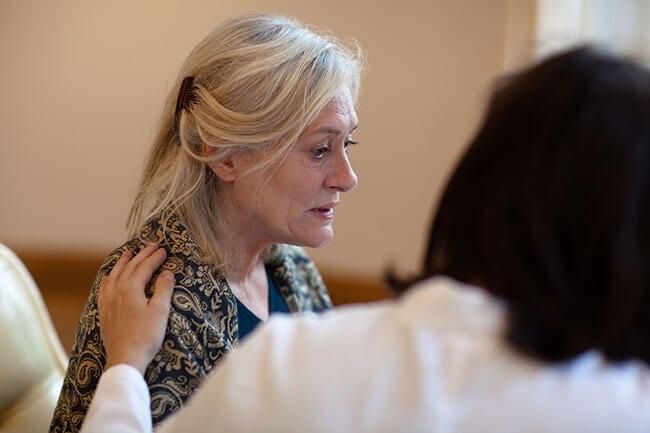 Mujer con Alzheimer