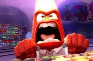 Emoción del enfado con ira