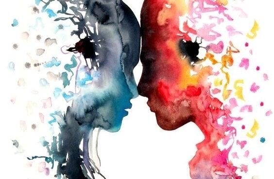 pareja mirándose de frente descubriendo sus puntos ciegos