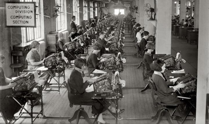 trabajadoras en el experimento sobre el Efecto Hawthorne