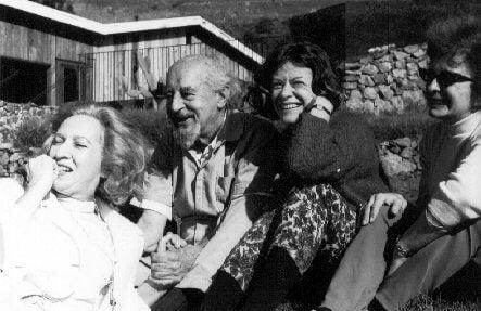 Fritz Perls con amigos