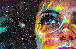 mirada femenina en la noche disfrutando de la vida