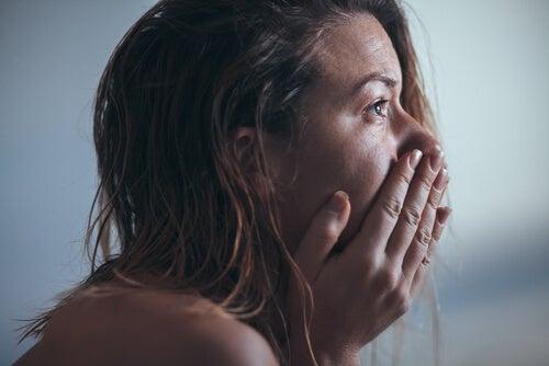 Mujer con depresión mayor