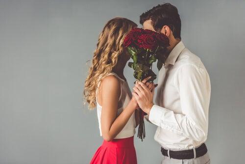 9 simpáticos efectos secundarios del enamoramiento