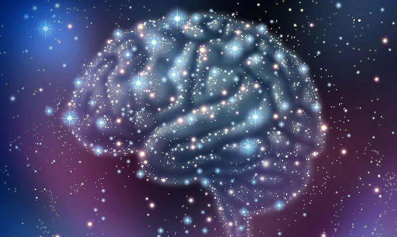 cerebro con estrellas representando la reserva cognitiva