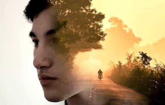 chico con una imagen superpuesta de una carretera simbolizando el síndrome de Huckleberry Finn