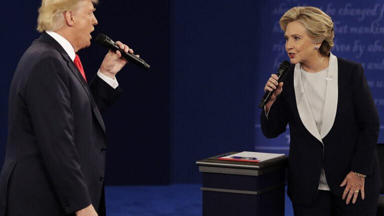 Hillary Clinton lidiando con la personalidad de Donald Trump