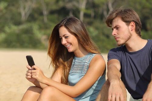 El síndrome de Otelo: cuando los celos son incontrolables y patológicos