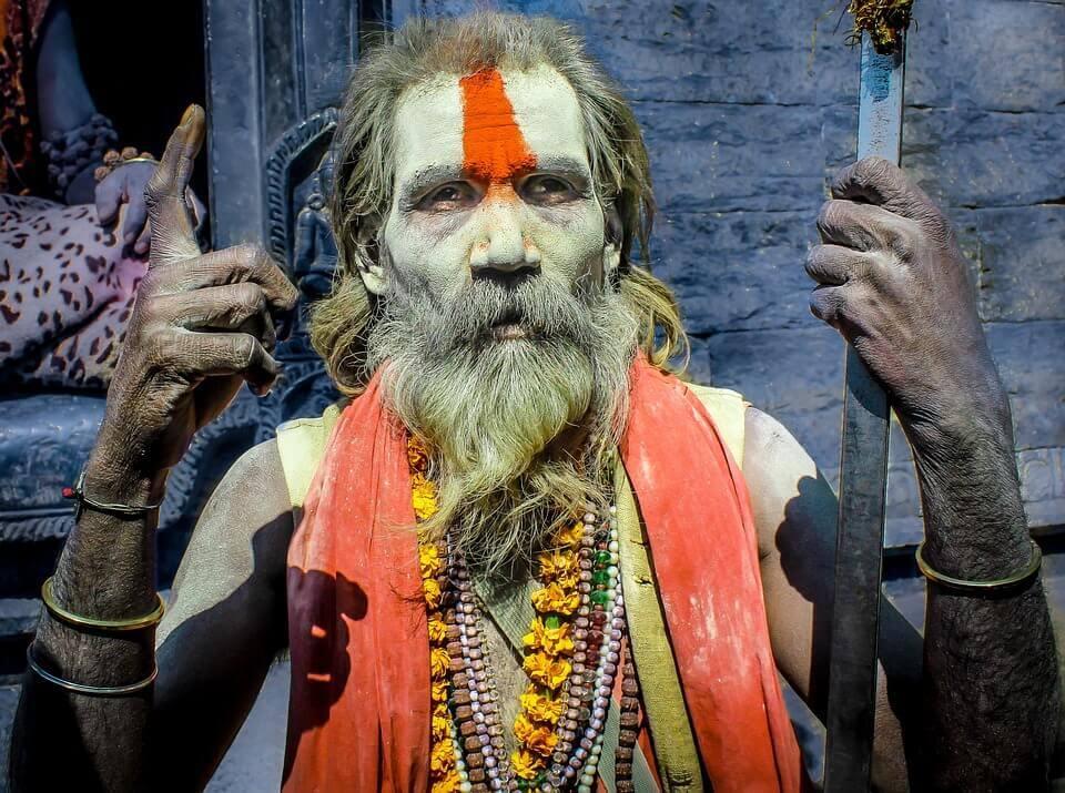 Hombre de religión hindú