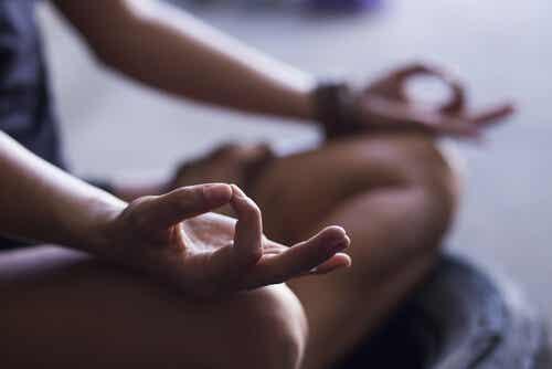 Conoce los 4 pasos fundamentales para empezar a meditar