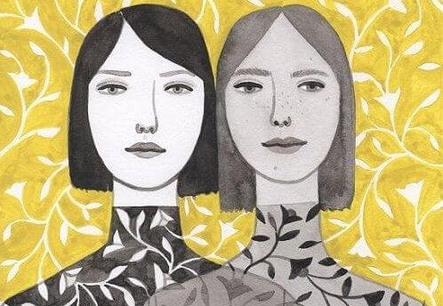 mujeres juntas con mismo cabello