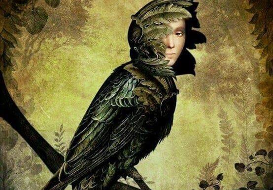 pájaro con rostro humano