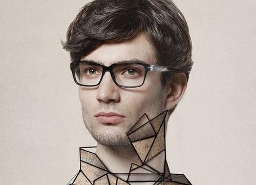 chico con gafas representando a las personas asertivas