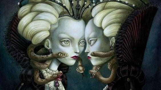 mujer con serpientes representando las deudas relacionales