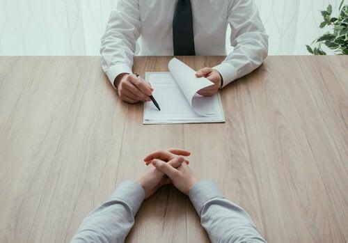 Qué no preguntar en una entrevista personal