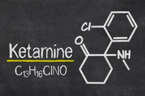 Fórmula química de la ketamina