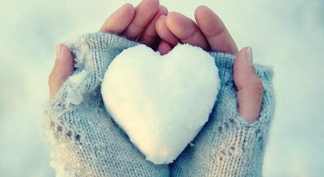 Corazones de hielo: personas con problemas para expresar sentimientos