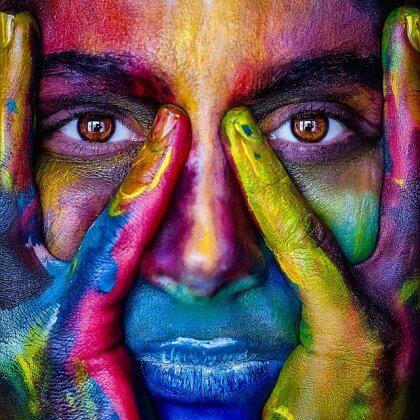Mujer de colores