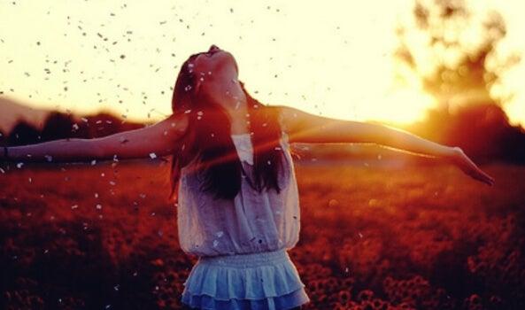 ¿Qué es y cómo funciona la paradoja de la felicidad?