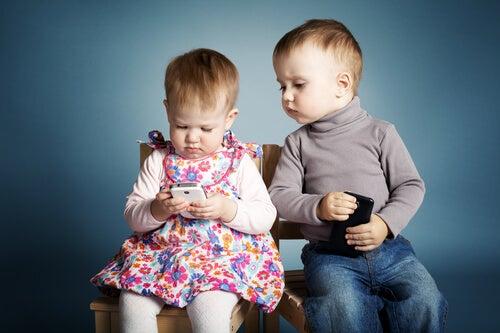 3 buenas razones para no dejar el móvil a un niño