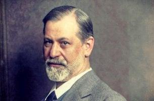 Freud como ejemplo de los psicólogos más famosos