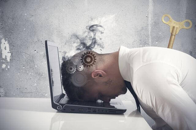5 señales que indican que estás quemado en el trabajo
