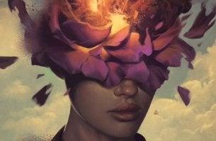 mujer con flor que escucha una voz en tu cabeza