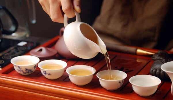 La ceremonia del té y la meditación consciente