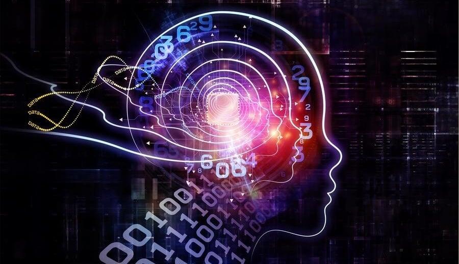cerebro con códigos binarios representando las claves de la claves de la PNL