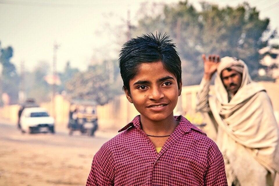 Niño de cultura india