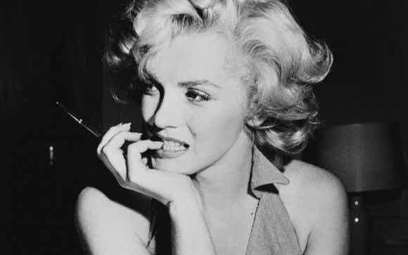 Marilyn Monroe: retrato psicológico de una muñeca rota