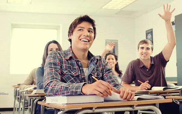 alumno motivado al trabajar bien el temario