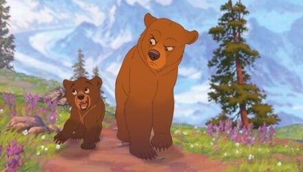 Dos osos por el bosque de la película Hermano oso