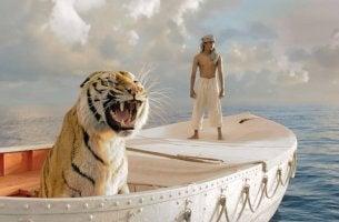 Escena de la película de animales La vida de Pi
