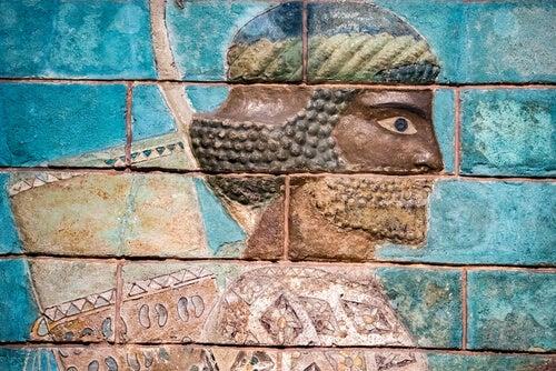 Hombre pintado en la pared