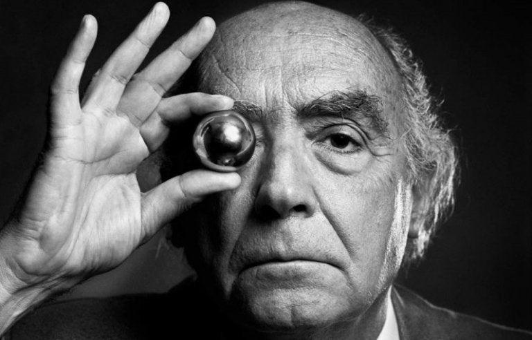 Las 7 mejores frases de José Saramago