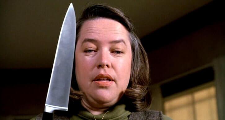 Mujer con un cuchillo