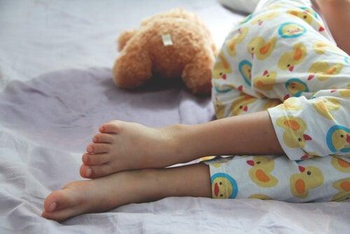 Enuresis: causas, síntomas y tratamientos