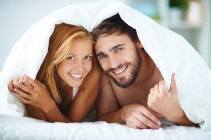 Pareja con comunicación sexual