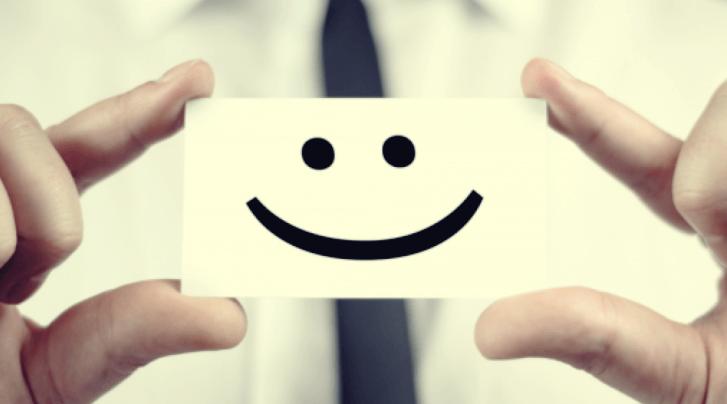 tarjeta sonriente por tener un botiquín psicológico en la empresa