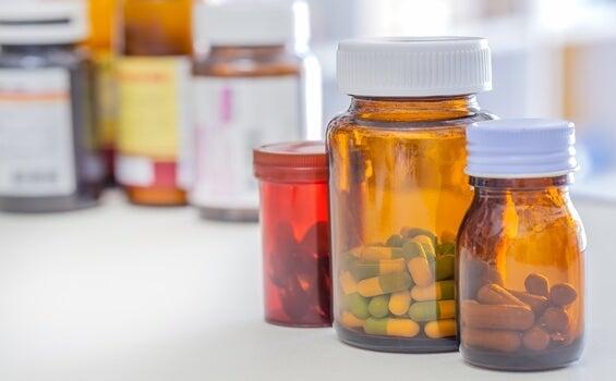 medicamentos que no se pueden mezclar con alprazolam