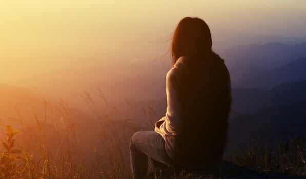 Aprende a regalar tu ausencia a quien no valora tu presencia