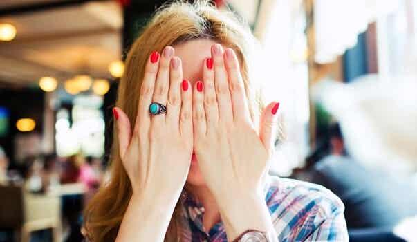 5 pautas para superar la vergüenza