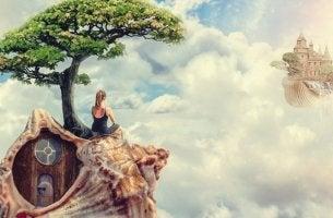 mujer sobre una caracola representando el poder de la memoria gracias al método de loci