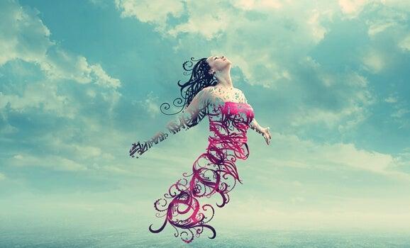 mujer suspendida en el aire simbolizando las frases de Benjamin Franklin